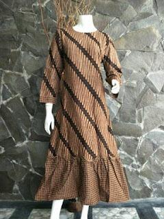 Gamis Batik Sogan Solo Motif Parang