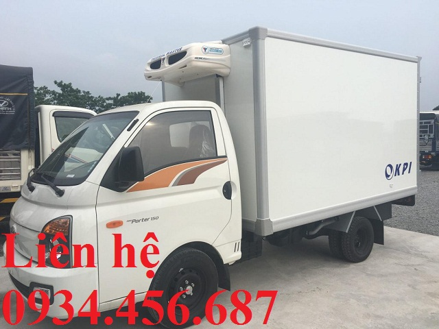 gia-xe-hyundai-h150-thung-dong-lanh-2-loc