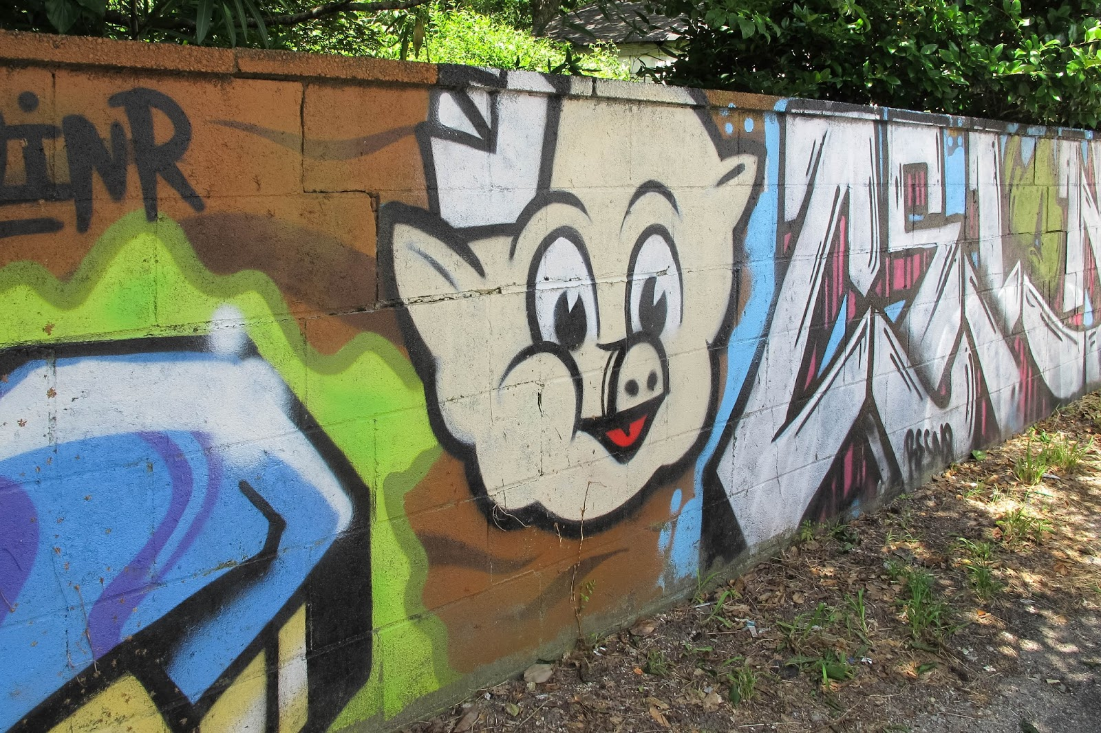 mural project Oakland super heroes mural project (osh) is a crucial community development effort led by amana harris, artist and executive director of attitudinal healing connection (ahc) in oakland the project will engage 300 youth to be change agents in their community the goal is to resolve issues that plague our city, create.