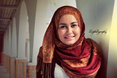 Contoh Model hijab untuk Wajah Bulat