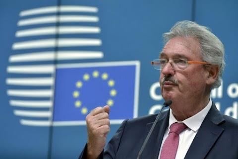 Az agyhalott luxemburgi külügyminiszter tovább fenyegetőzik – Asselborn: Orbán Viktor kormánya az uniós tagsággal játszik