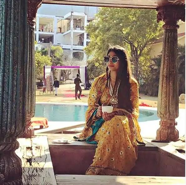 इंडियन लुक में नजर आती हैं Mohena Kumari Singh