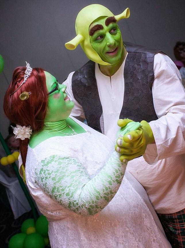 Fairytale Wedding : Shrek And Princess Fiona