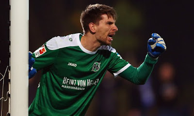 Leicester City report marking of Ron-Robert Zieler from Hannover 96