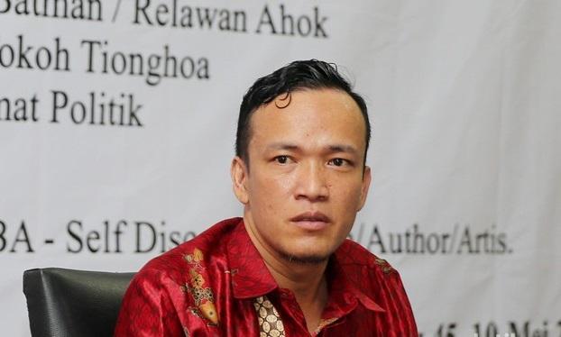 JoMan Sebut Ambroncius Nababan Ternyata Tak Dikenal di Kalangan 'Aktivis Pro-Jokowi'
