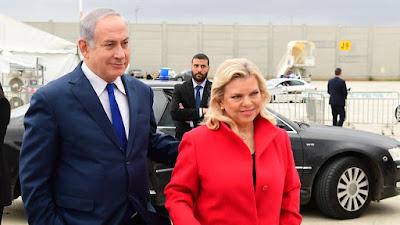 Manifestantes israelenses pedem renúncia de Netanyahu devido a alegações de suborno