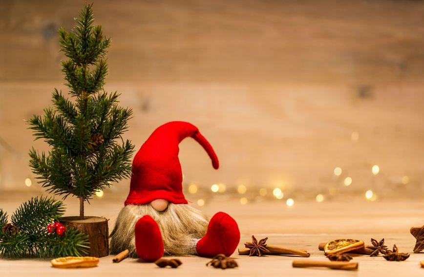 božić-djed-mraz-blagdani-merry-christmas-nova-godina