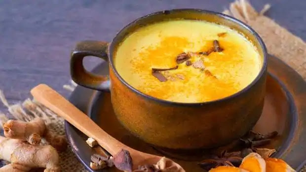 These 9 amazing benefits come from drinking turmeric milk in winter, it is also amazing for these diseases.