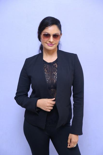 Garuda Vega Actress Pooja Kumar Latest Hot Photoshoot