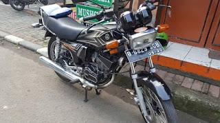 Ada yg minat Yamaha RX-King th 2004 ??,   FULL Orisinil ting-ting.