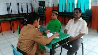 SMP Juara pekanbaru laksanakan wawancara orang tua siswa baru