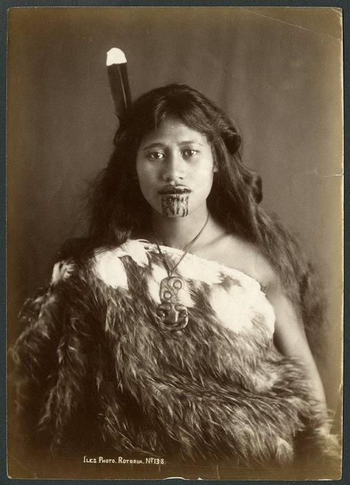 Maori Woman Face Tattoo: Maori Tattoos, Maori And Facial Tattoos