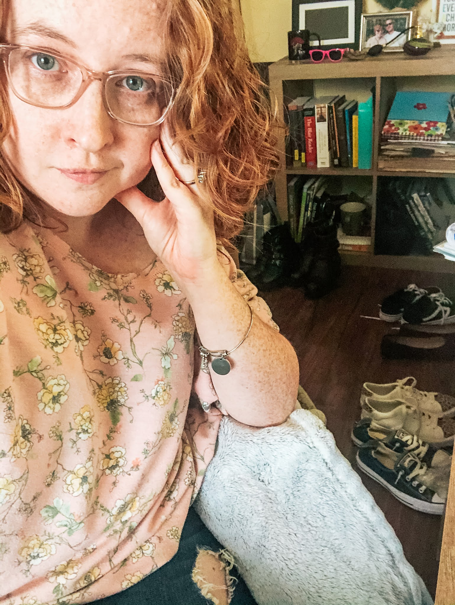 oversized-floral-sweatshirt