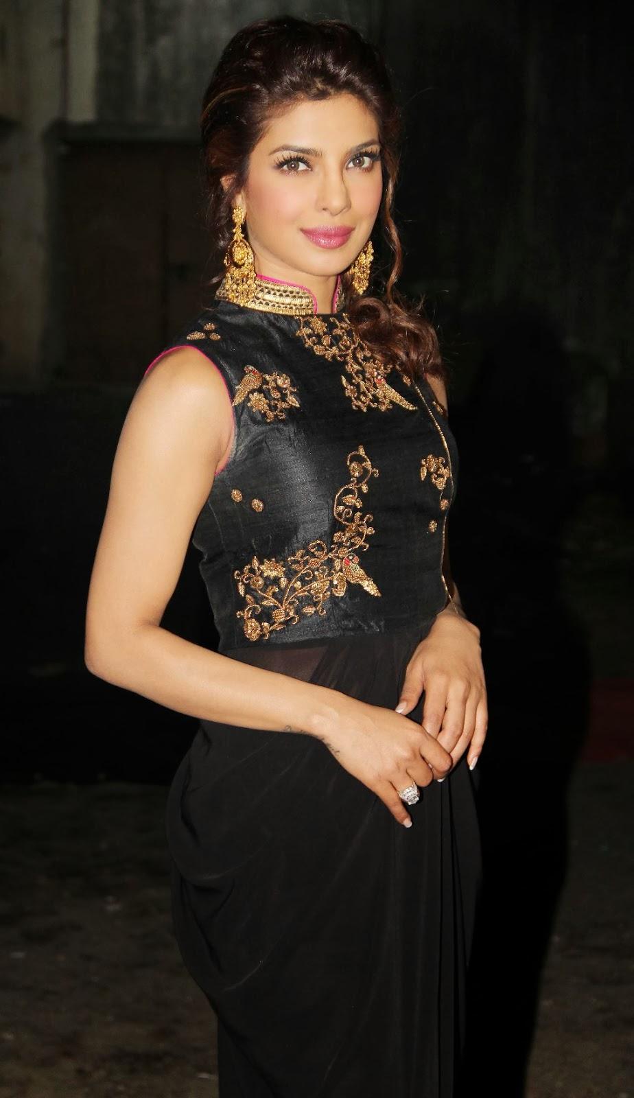 Priyanka Chopra Latest Wallpapers In Black Dress -4488