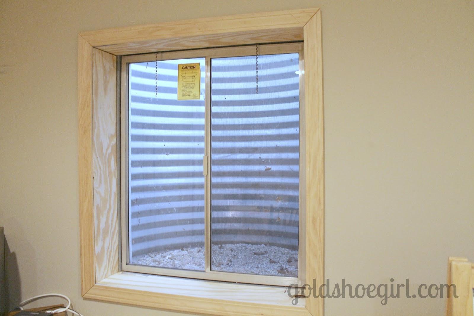 Basement Window Decor | Decorticosis