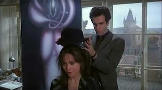 L'Insoutenable Légèreté de l'être de Milan Kundera a été adapté au cinéma par Philip Kaufman en 1988