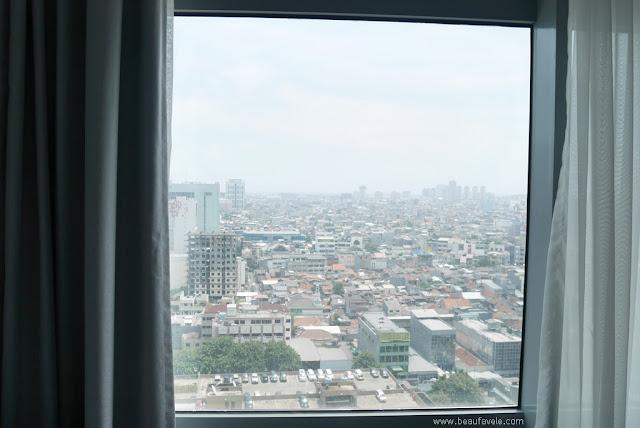 View dari Kamar di Lantai 17 Yello Hotel