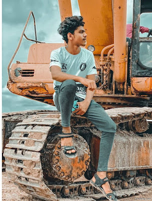 Stylish Photo Pose For Boys