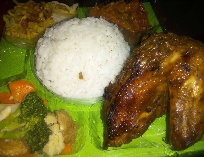 Ayam Bakar Spesial Nasi Kotak 20x20 Aisy Catering