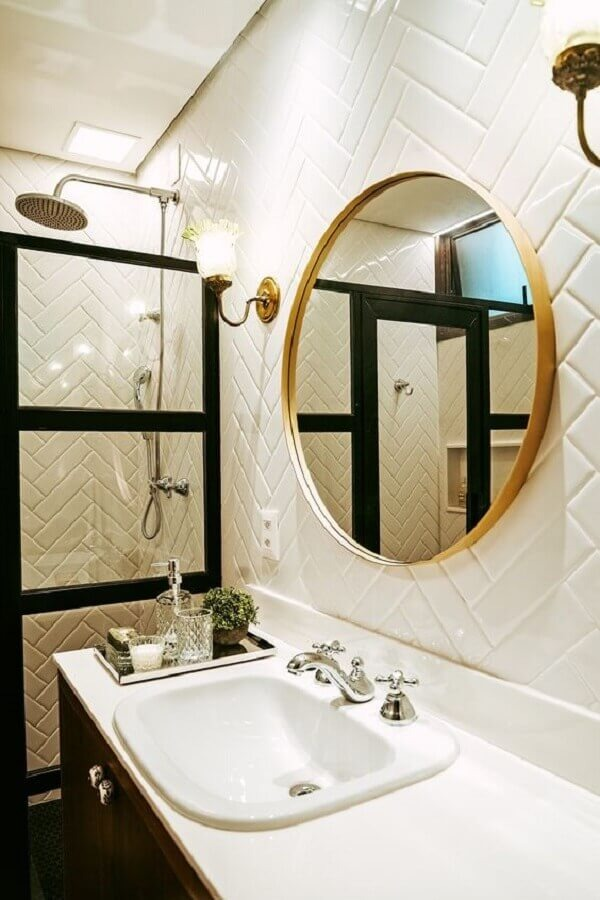 Round bathroom mirror with delicate wooden frame