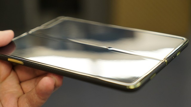 سامسونج تُخفي الأخبار السيئة عن هاتف Galaxy Fold