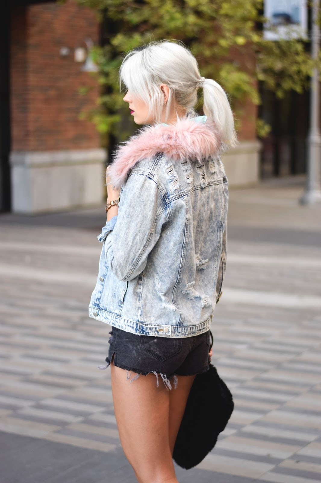how to style oversized jeans jacket