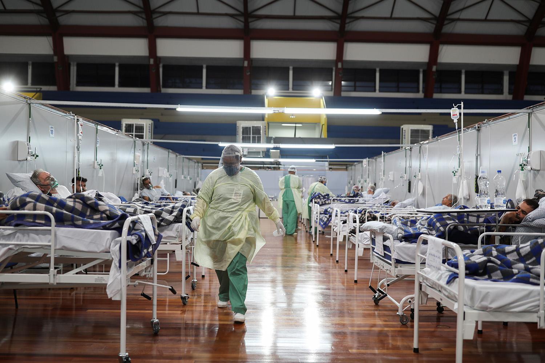 Brasil tem 15.633 mortes e 233.142 casos confirmados de novo coronavírus, diz ministério