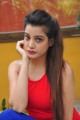 diksha panth latest sizzling pics-thumbnail-16