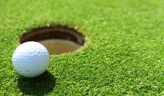 Panduan Pakaian Untuk Bermain Golf