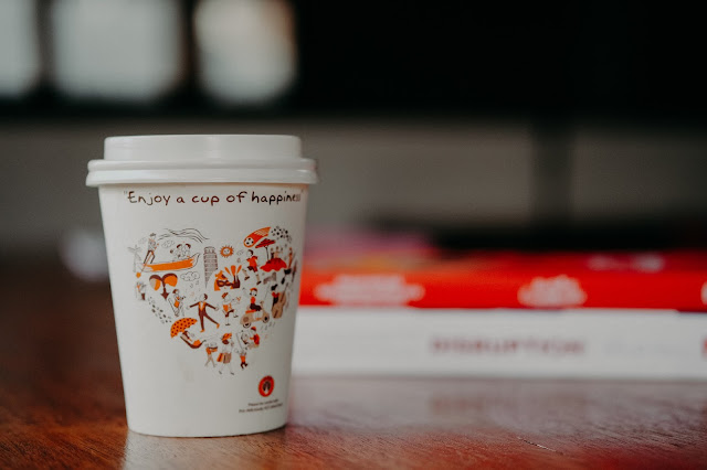 takeout coffee:Photo by Ali Yahya on Unsplash