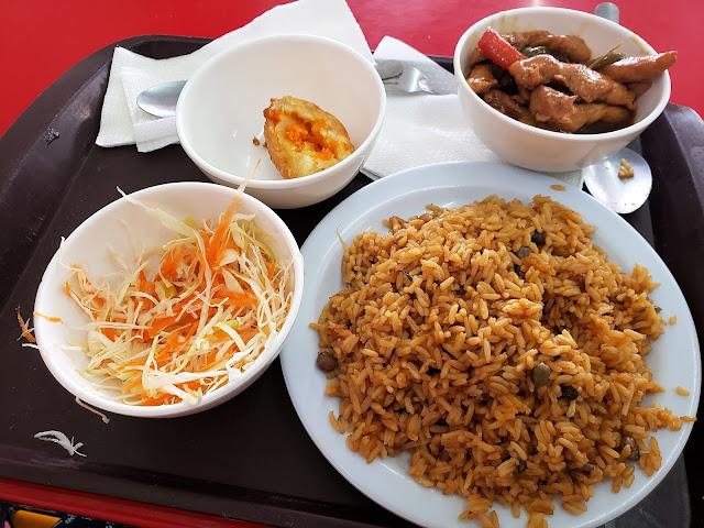 moro de guandules must try food dominican republic