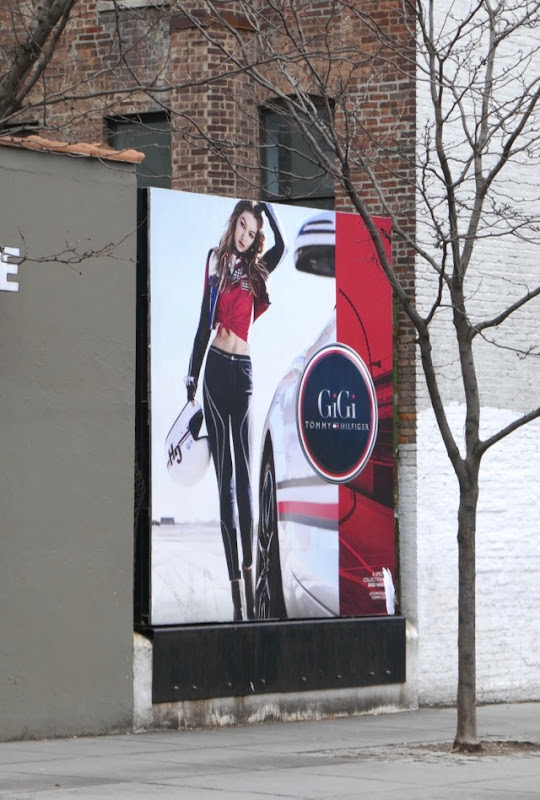 Tommy Hilfiger Gigi S18 billboard NYC