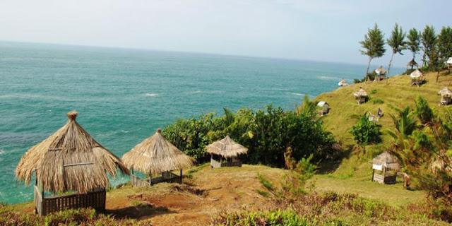 gazebo pantai menganti, foto gazebo pantai menganti, pantai menganti, pantai menganti kebumen, foto pantai menganti kebumen, foto pantai menganti dari atas
