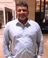sarfaraz khan father