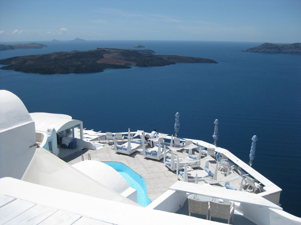 Passion For Luxury : Superb Katikies Hotel in Oia ...