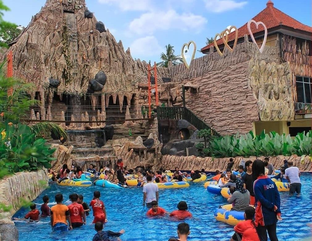 Harga Tiket Slanik Waterpark Lampung