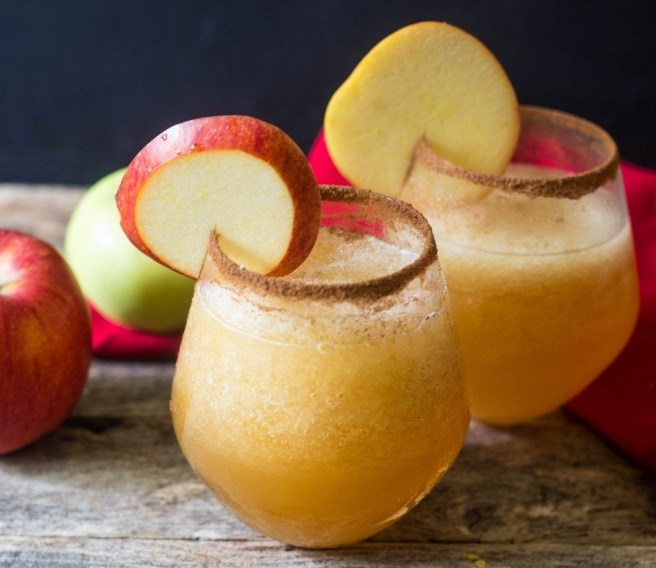 Caramel Apple Vodka Slush #drinks #alcohol