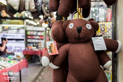 Mr Bean Petaling Street Market www.WELTREISE.tv