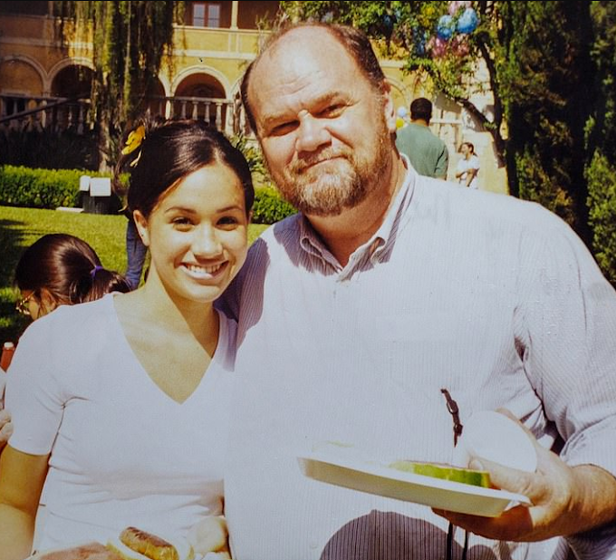 Meghan's father Thomas Markle 'would testify in Mail on Sunday case'