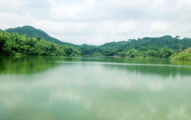 Điểm đến thơ mộng Hồ Chóp Dù nơi ngàn xanh Yên Bái