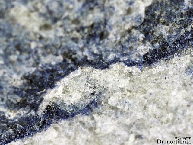 デュモルチェライト デュモルチ石 Dumortierite