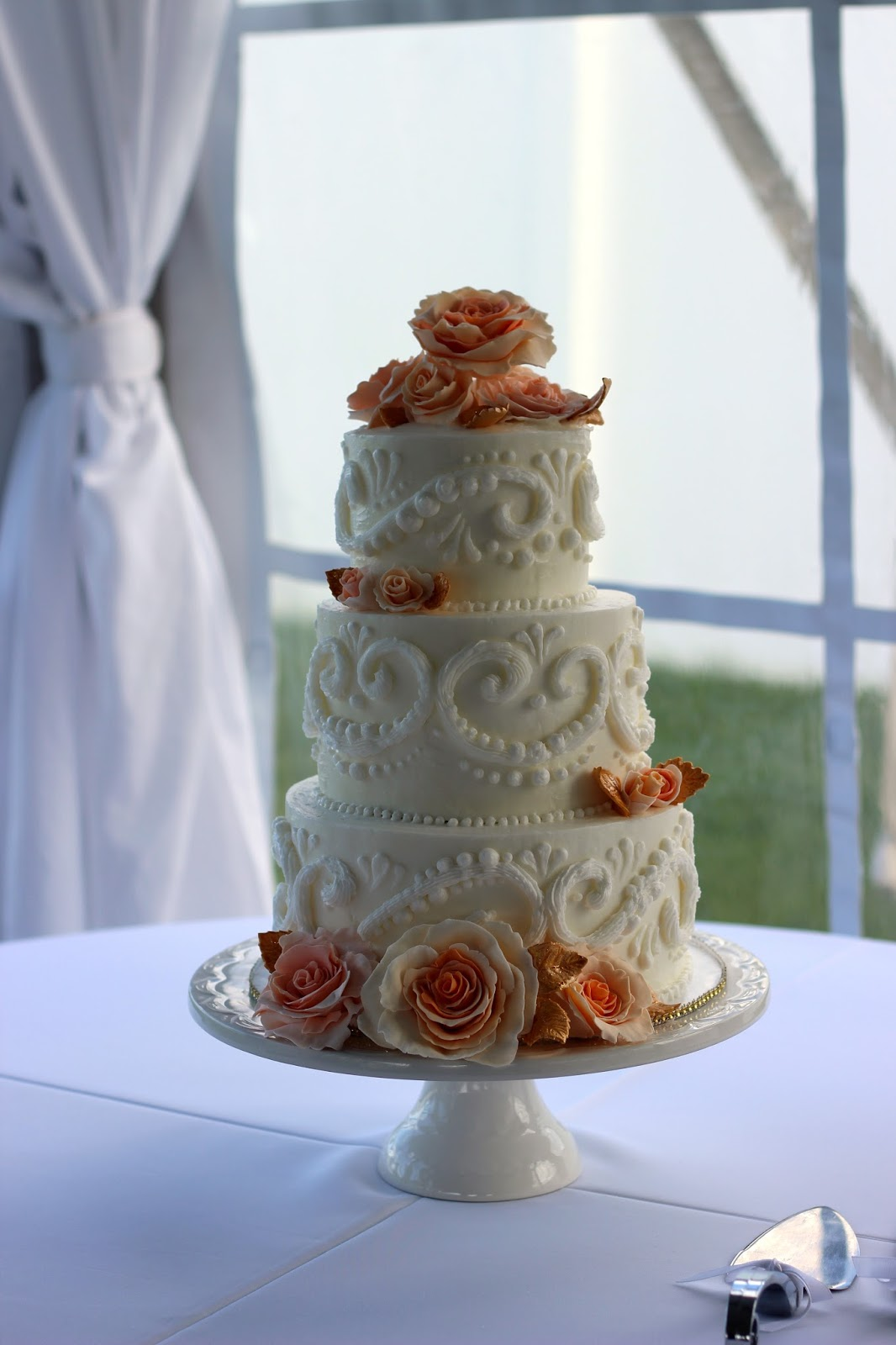 Custom Cakes By Stef