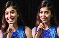 """MACHA! Naan DVD la Paathukuren!"" – Sanchita Shetty says KILL PIRACY!   TN 113"