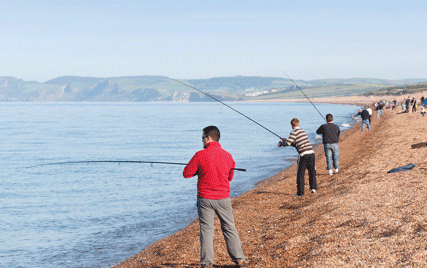 7 Fun Things to Do at The Beach With Friends (Part 2) Fishing in the beach