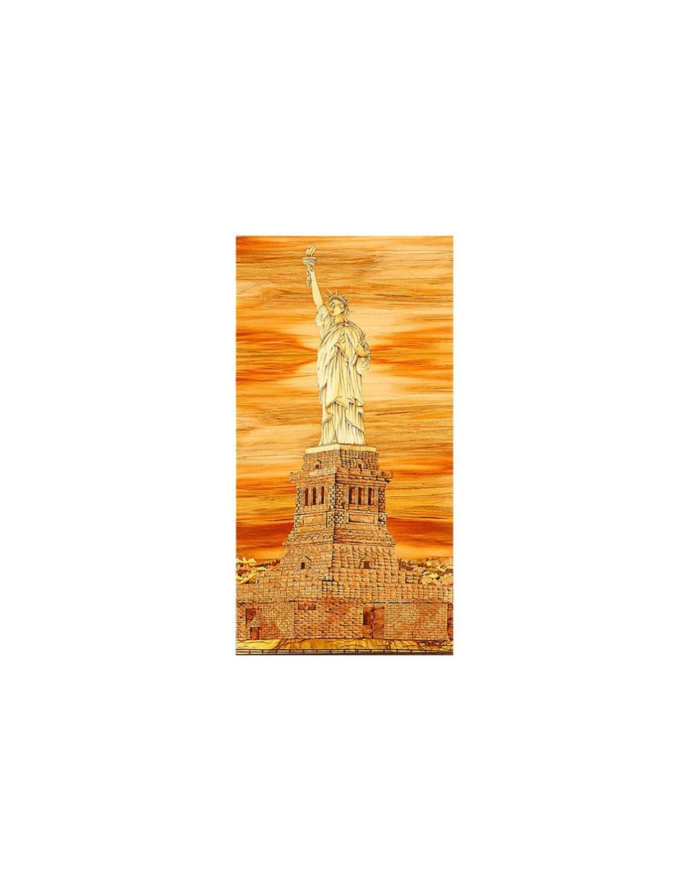Sandy老師創作理念:「天賦資質自由揮舞,攀越高峰點燃生命,照亮環宇,愛與和平共讚雲霄。」