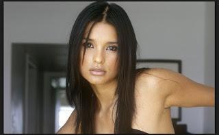 Paola Rey biografia