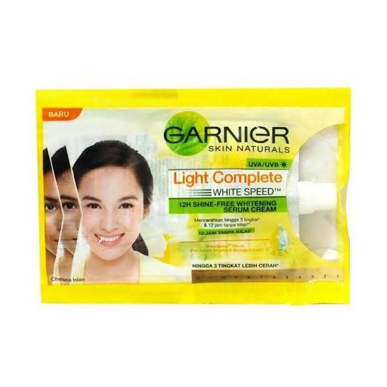 Review Garnier Light Complete Sachet