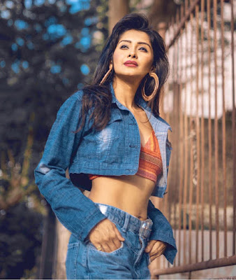 kanchi singh ki photo