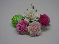 http://www.scrappasja.pl/p20539,ilc-f-roses05-rozyczki-mix-rozowo-zielony-15-mm-5szt.html