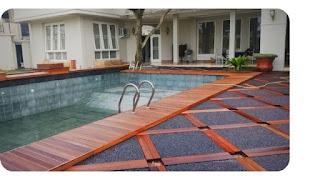 Ternyata, jenis decking ini yang cocok untuk area kolam renang